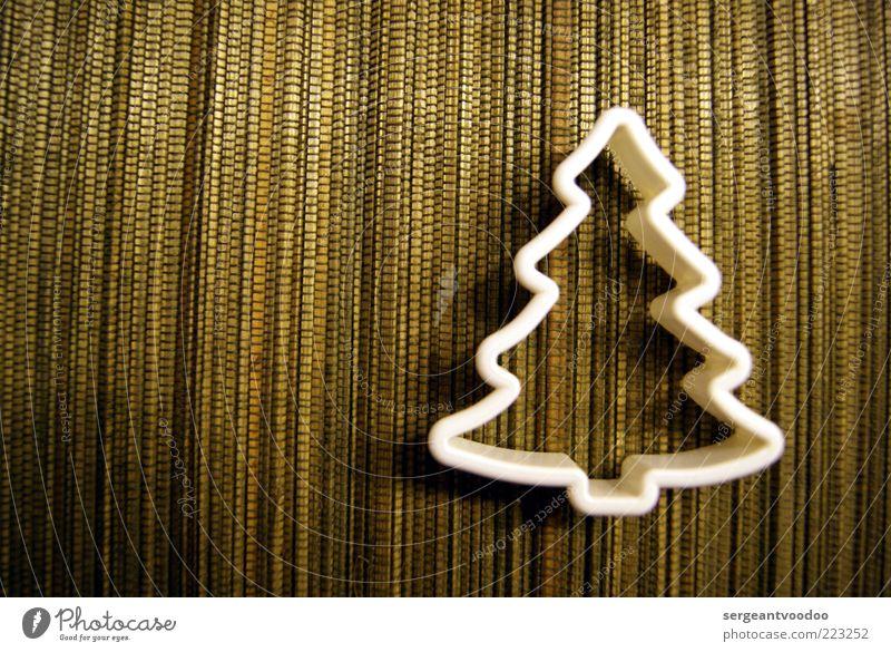 Winteridylle weiß Baum Stimmung Design gold Kreativität Zeichen Kitsch Kunststoff Tradition Tanne Nostalgie Symmetrie Plätzchen Präzision Krimskrams