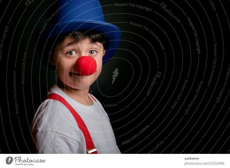 Kind mit Clownnase Mensch Freude Lifestyle lustig Gefühle Bewegung lachen Glück Feste & Feiern Party maskulin Kindheit Geburtstag Lächeln Fröhlichkeit