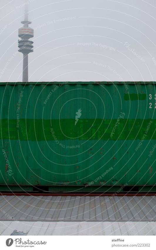 EVERGREEN Himmel grün Nebel München Wahrzeichen Container schlechtes Wetter graphisch Olympiaturm