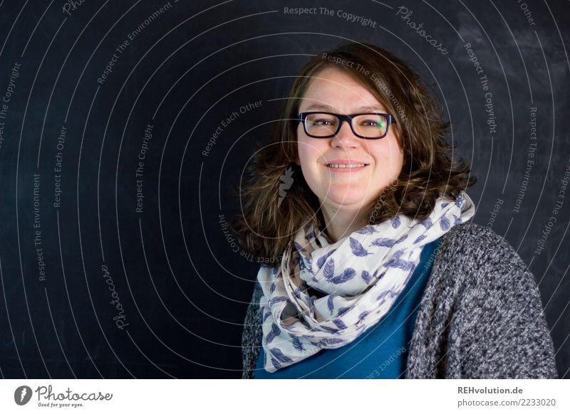 Portrait von einer Frau Student Arbeit & Erwerbstätigkeit Business Mittelstand Karriere Erfolg Mensch feminin Junge Frau Jugendliche Erwachsene Gesicht 1