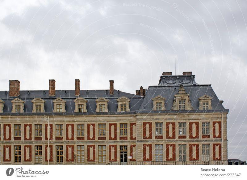 Schloss Versailles gold Fassade Gold Macht einzigartig Dach außergewöhnlich Burg oder Schloss Denkmal Reichtum historisch Vergangenheit Wahrzeichen Frankreich
