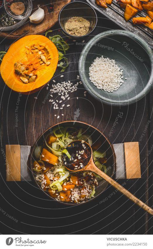 Kürbis risotto kochen Gesunde Ernährung Winter Herbst Stil Lebensmittel Design Häusliches Leben Kräuter & Gewürze Küche Gemüse Bioprodukte Getreide