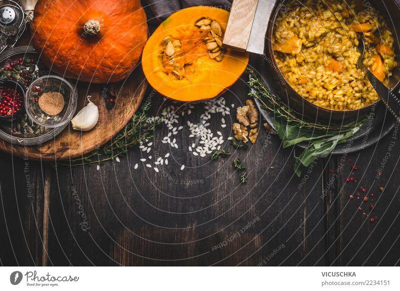 Vegetarian pumpkin risotto Lebensmittel Ernährung Mittagessen Abendessen Festessen Bioprodukte Diät Italienische Küche Topf Löffel Gesunde Ernährung