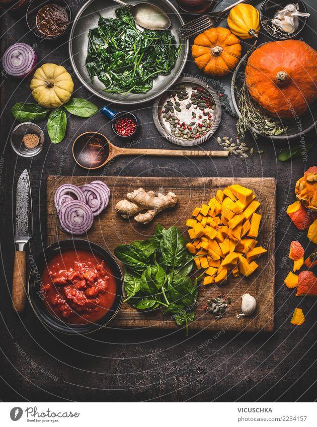 Vegetarisch kochen mit Kürbis Gesunde Ernährung Speise Foodfotografie Essen Stil Lebensmittel Design Häusliches Leben Tisch Kräuter & Gewürze Küche Gemüse
