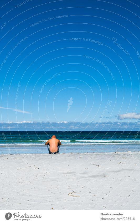 Die Gedanken sind frei Lifestyle harmonisch Wohlgefühl Zufriedenheit Sinnesorgane Erholung ruhig Meditation Mensch Mann Erwachsene 1 Natur Sand Wasser Sommer