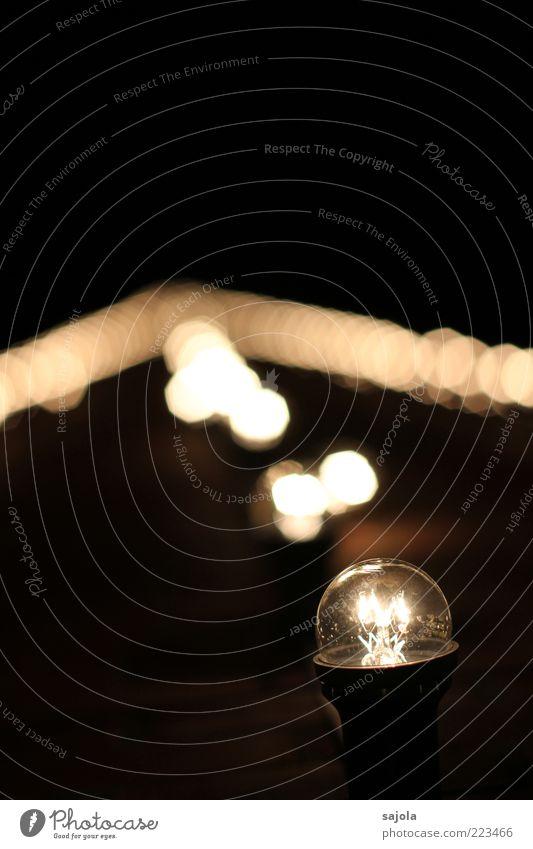CCCL - fluchtpunkt - oder das ziel vor augen weiß schwarz Energiewirtschaft Ziel leuchten Schornstein Glühbirne Lichtpunkt Fluchtpunkt