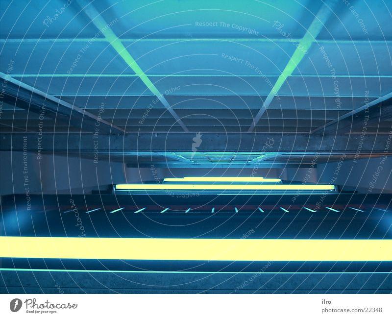 blaues Treppenhaus III Glasbaustein Neonlicht Licht Architektur Beleuchtung