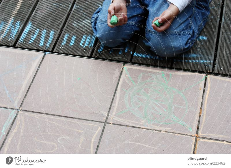 Künstler von morgen Mensch Kind Spielen Junge Holz Stein Kindheit Freizeit & Hobby sitzen lernen maskulin Schriftzeichen Stoff Jeanshose festhalten