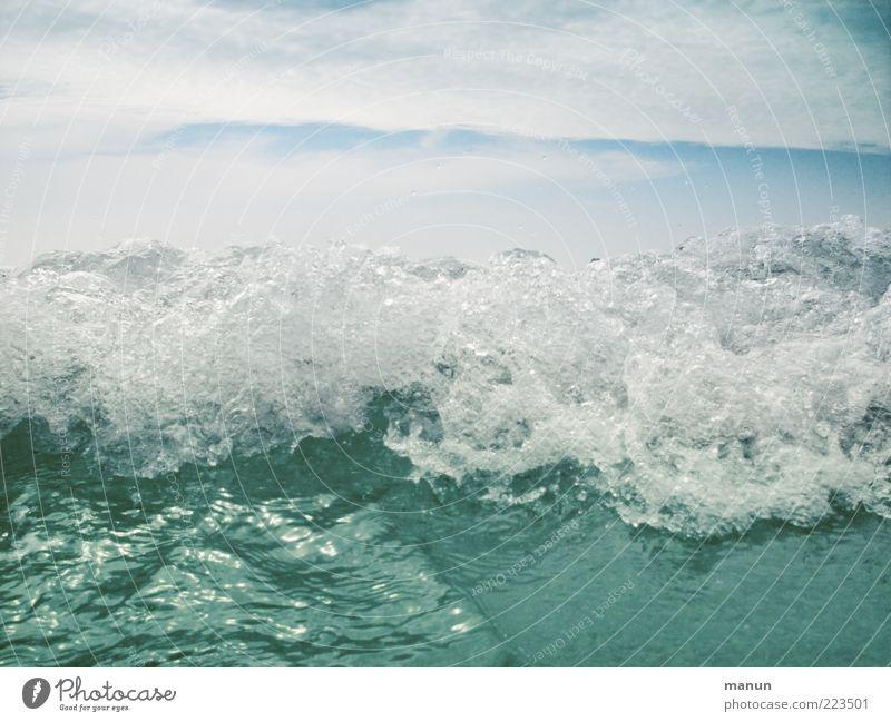 Atlantikwelle Himmel Natur Wasser Meer kalt Wellen nass Energie frisch wild rein Sauberkeit Urelemente Brandung Umweltschutz Qualität