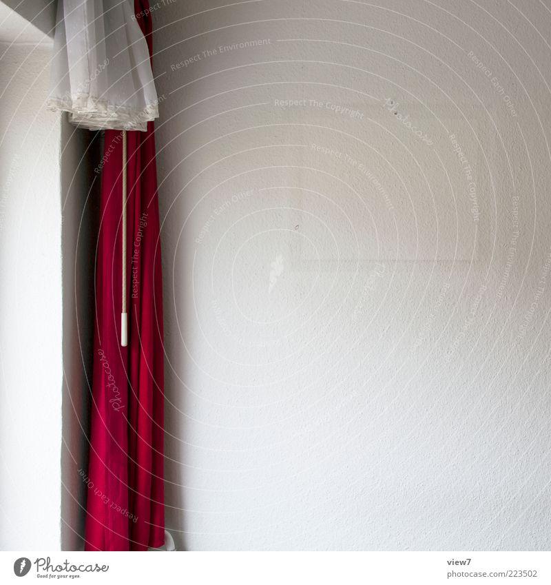 unbekannt verzogen einrichten Innenarchitektur Dekoration & Verzierung Raum Wohnzimmer Zeichen alt dreckig dunkel authentisch einfach kaputt Klischee rot
