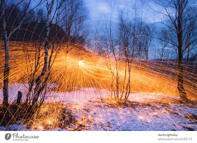 Feuer Eis und Wald blau schön weiß Landschaft Baum Winter gelb Umwelt Gefühle Schnee außergewöhnlich Feste & Feiern orange leuchten Wetter