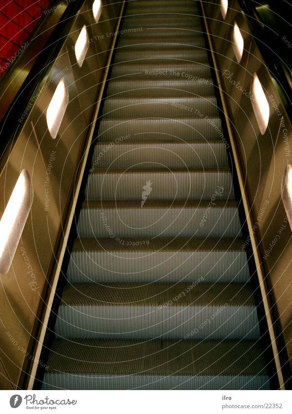 Rolltreppe Eisen Stahl Elektrisches Gerät Technik & Technologie Treppe aufwärts Wege & Pfade abwärts Beleuchtung