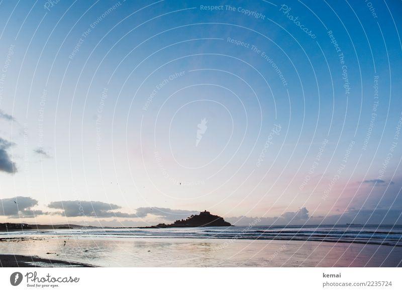 Blue and a light hint of pink harmonisch Wohlgefühl Zufriedenheit Sinnesorgane Erholung ruhig Meditation Ferien & Urlaub & Reisen Tourismus Ausflug Abenteuer