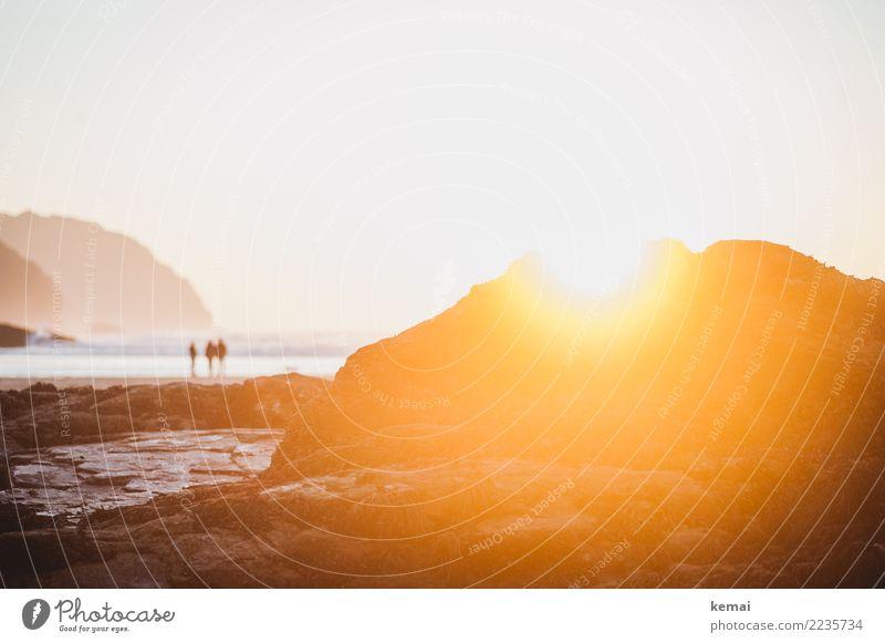 Das Licht Mensch Natur Ferien & Urlaub & Reisen Meer Erholung ruhig Ferne Strand Wärme Leben Lifestyle Küste Freiheit Felsen Ausflug Freizeit & Hobby
