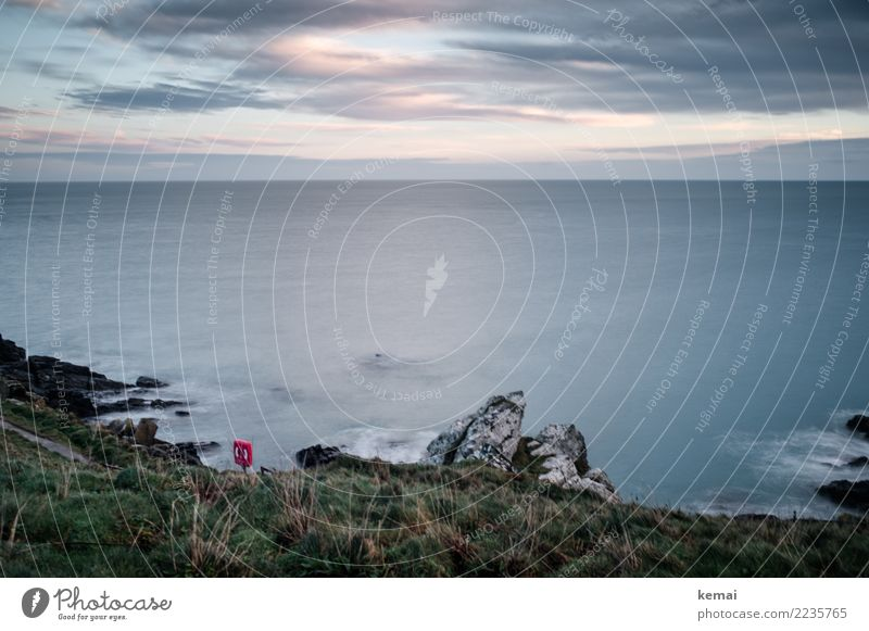 Lichtblicke. Himmel Natur Ferien & Urlaub & Reisen Wasser Landschaft Meer Erholung Wolken ruhig Ferne Umwelt Küste Gras Freiheit Felsen Ausflug