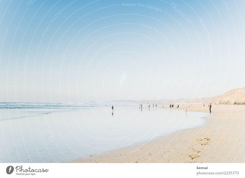 On a cornish beach. Mensch Natur Ferien & Urlaub & Reisen schön Wasser Landschaft Meer Erholung ruhig Freude Ferne Strand Leben Lifestyle Umwelt Küste