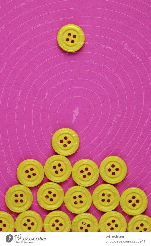 da kommt einer Kunststoff Zeichen bauen Bewegung unten gelb rosa Gastfreundschaft Verantwortung Partnerschaft Gesellschaft (Soziologie) Zufriedenheit gleich