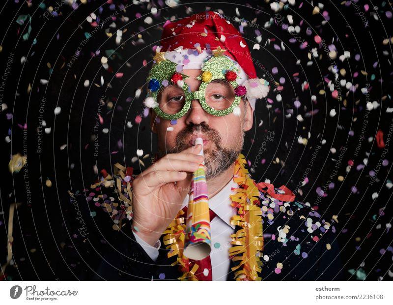 Mann in Silvester Lifestyle Freude Glück Entertainment Party Veranstaltung Feste & Feiern Weihnachten & Advent Silvester u. Neujahr Mensch maskulin Junger Mann