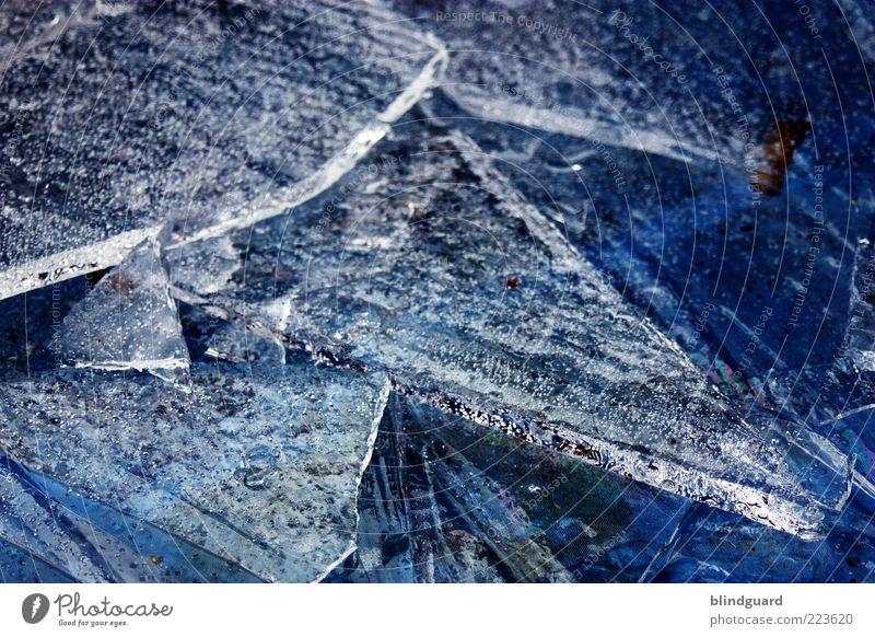 Ice Age 3 Wasser weiß blau Winter kalt Eis Klima Frost Urelemente Spitze gefroren frieren gebrochen Textfreiraum Sauerstoff Splitter