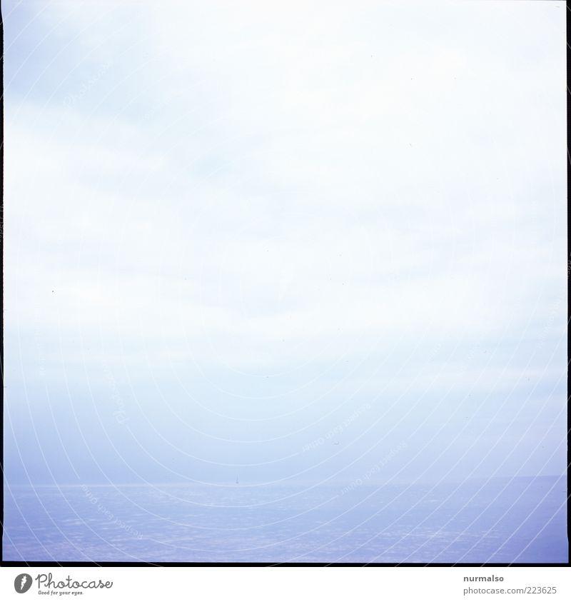 Ferne Meer Umwelt Natur Horizont Nebel Ostsee Unendlichkeit hell natürlich Stimmung Klima Gedeckte Farben abstrakt Kontrast High Key Himmel Wasser Menschenleer