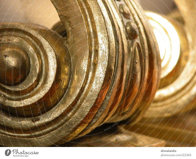 gold Holz gold Säule Spirale Ornament