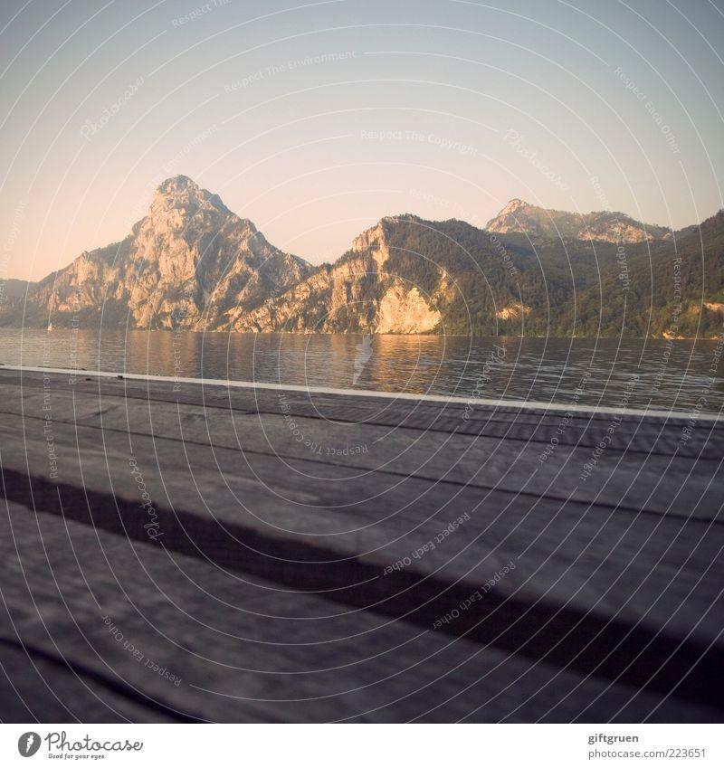 abendsonne Himmel Natur Wasser Sommer Ferne Berge u. Gebirge Landschaft Holz Umwelt Stimmung See Wetter Hügel Gipfel Steg Lebensfreude