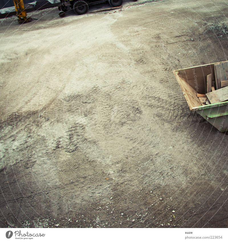 Bauplatz Baustelle Umwelt Urelemente Erde Sand Container grau Ordnung Boden Bodenbelag Straßenbau Baugrundstück Bagger Reifenspuren Schrott Freiraum Kies