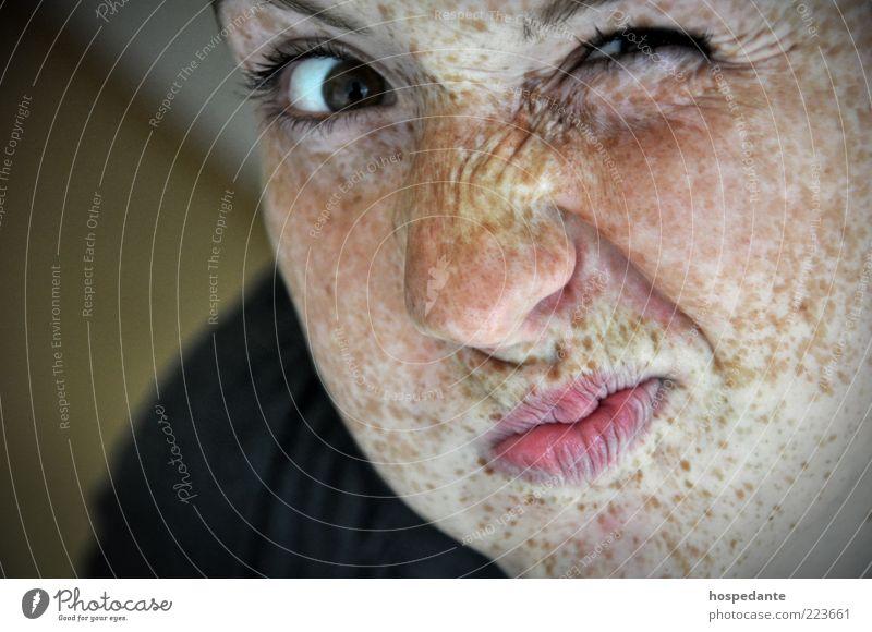 Verrücktes Leben Mensch Jugendliche schön Sommer Junge Frau Erholung Freude 18-30 Jahre Gesicht Erwachsene Auge Stil Lifestyle ästhetisch verrückt Haut
