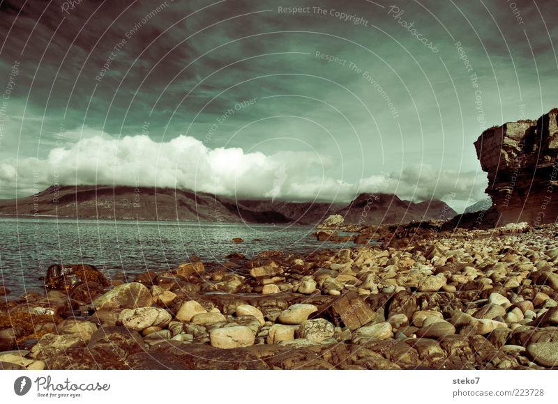 Schottland ohne Schaf und Ruine Wasser weiß Sommer Strand Meer Ferien & Urlaub & Reisen Wolken Ferne Berge u. Gebirge Landschaft Stein Küste See Felsen steil