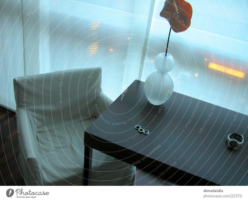 neonlicht im hotel Hotel Neonlicht Tisch Holz Europa Stuhl