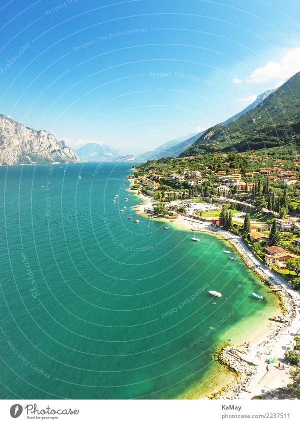 Malcesine am Gardasee Ferien & Urlaub & Reisen Tourismus Sommer Sommerurlaub Berge u. Gebirge Natur Landschaft Wasser Himmel Sonnenlicht Küste Seeufer Europa