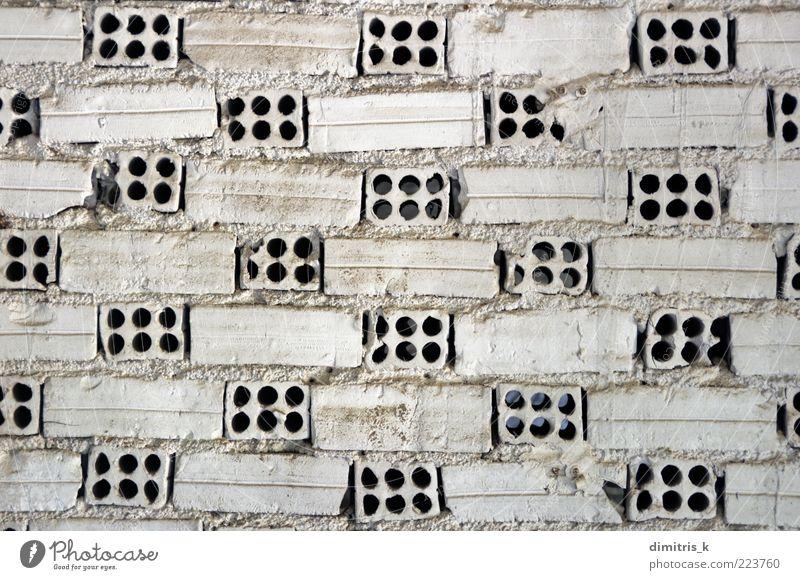 weiße Ziegelwand Gebäude Architektur Backstein alt bauen dreckig Wand Baustein Hintergrundbild Konstruktion Struktur geometrisch verwittert abgenutzt gemalt rau