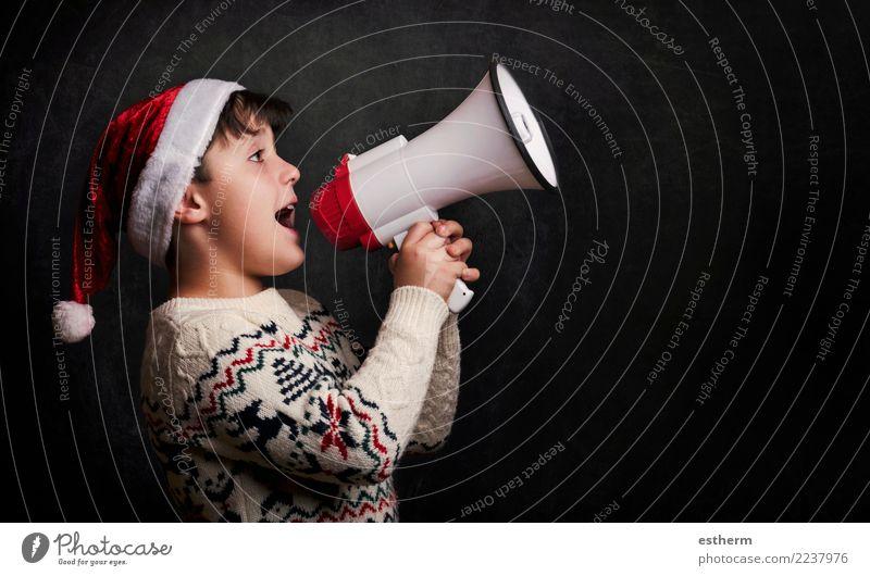 Kind Mensch Weihnachten & Advent Freude Lifestyle sprechen lustig Gefühle Bewegung Feste & Feiern Party maskulin Kindheit Lächeln Fröhlichkeit Fitness