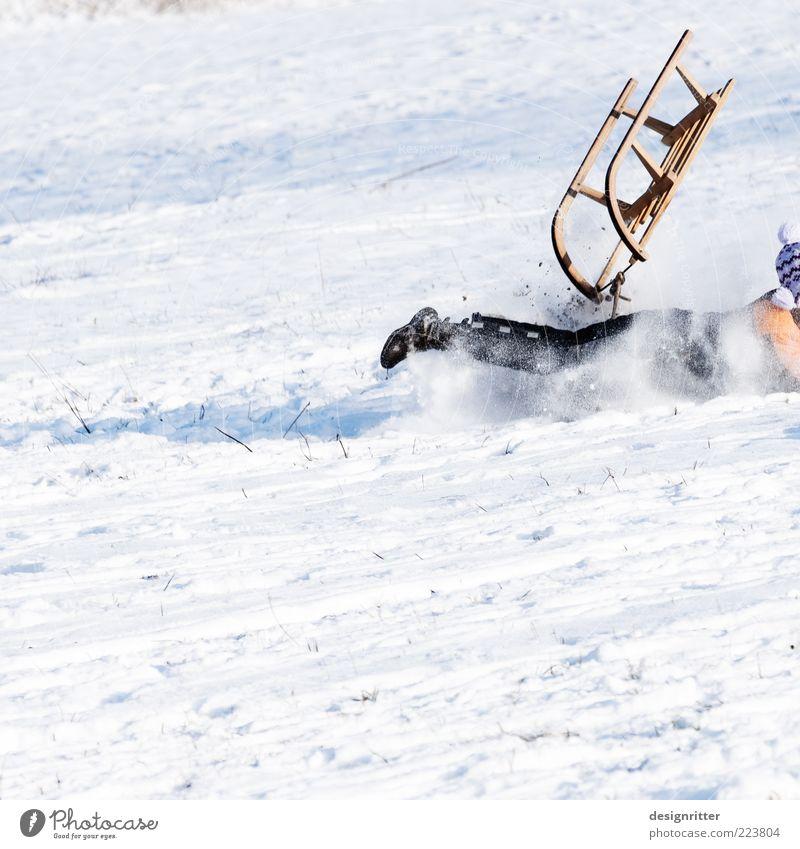 Hals- und Beinbruch Freizeit & Hobby Spielen Winterurlaub Kind Schönes Wetter Eis Frost Schnee kalt wild Freude Glück Lebensfreude Angst gefährlich Schlitten