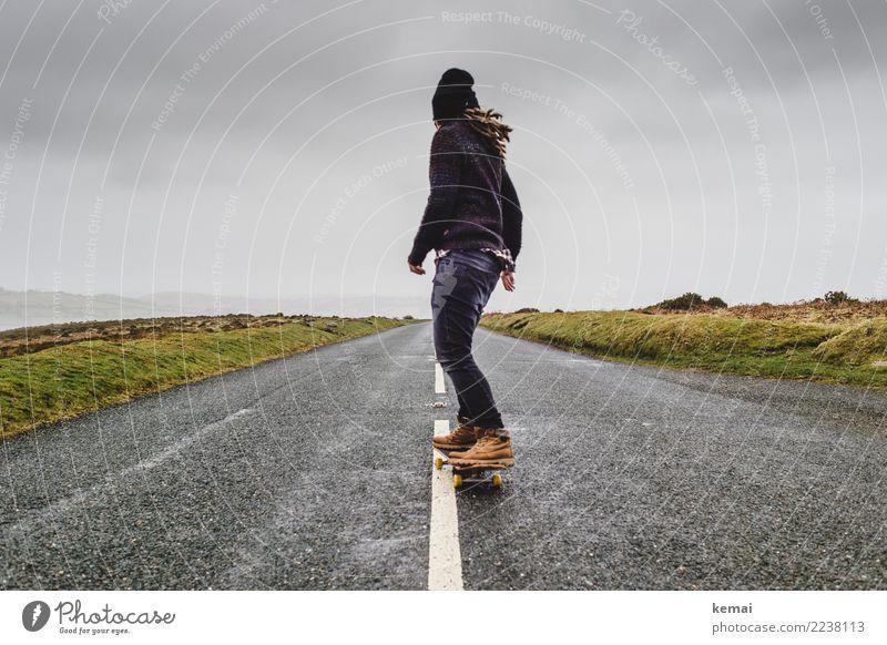 Freizeitspaß   Keep rollin' Lifestyle Stil Leben Zufriedenheit Freizeit & Hobby Spielen Ausflug Abenteuer Ferne Freiheit Skateboard Skateboarding Mensch