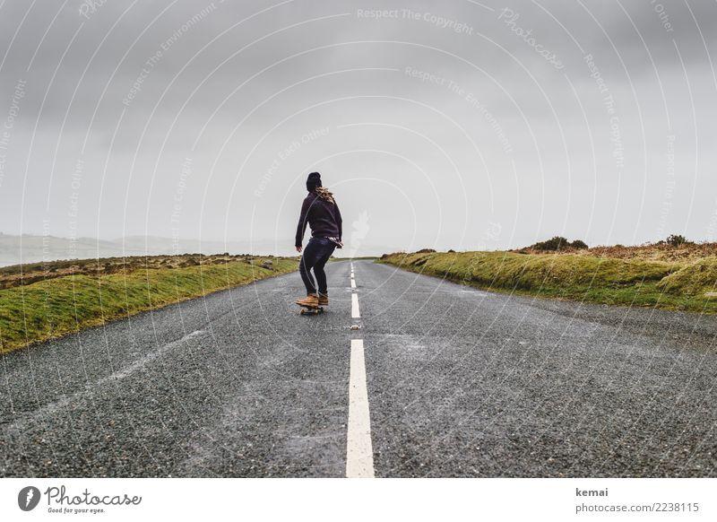 Explore moor II Mensch Himmel Ferien & Urlaub & Reisen Wolken Ferne Erwachsene Straße Leben Lifestyle Umwelt Stil Spielen außergewöhnlich Freiheit Ausflug