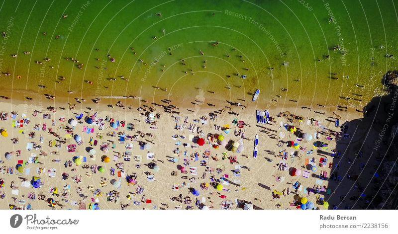 Luftaufnahme der Menschenmenge, die Spaß am Strand hat. Ferien & Urlaub & Reisen Tourismus Ferne Freiheit Sommer Sommerurlaub Sonnenbad Meer Schwimmen & Baden