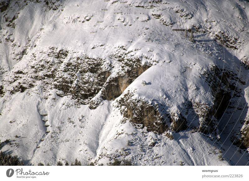 Lawinen-Schutz-Bauten-in extremer Lage Umwelt Natur Landschaft Felsen Alpen Berge u. Gebirge braun grau weiß Farbfoto Außenaufnahme Tag Vogelperspektive Schnee