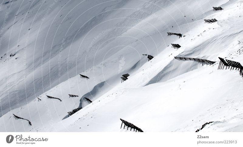 spielverderber II Ferien & Urlaub & Reisen Winter Berge u. Gebirge Umwelt Natur Landschaft schlechtes Wetter Schnee Alpen trist blau grau Lawinenfangzaun