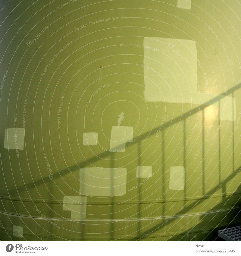 Grünes Flickwerk grün Farbe Wand Umwelt Farbstoff Metall Energie Treppe Energiewirtschaft Turm Metallwaren Windkraftanlage Stahl Bauwerk Treppengeländer
