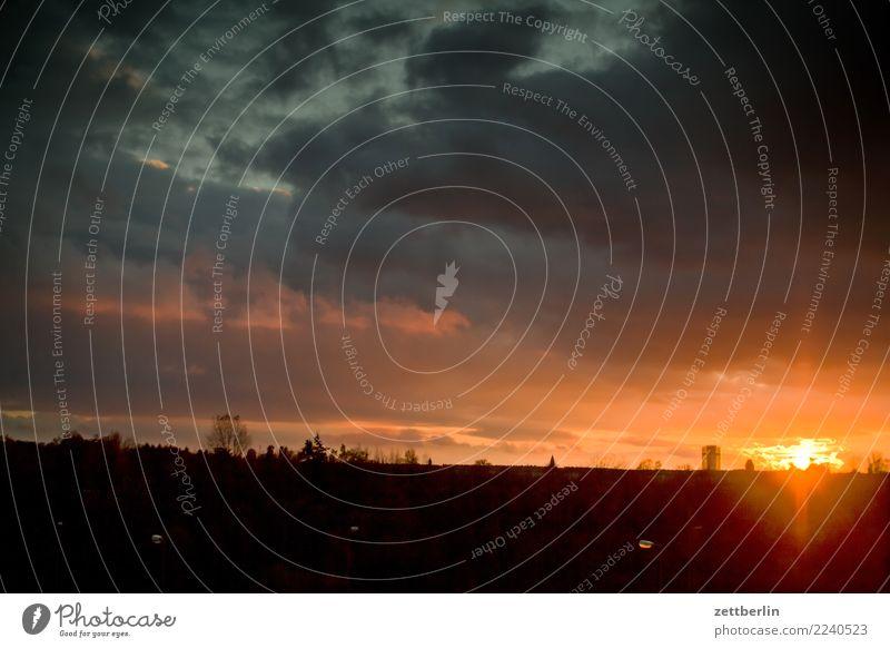 Sonnenuntergang (Schöneberg) Himmel Himmel (Jenseits) Wolken Ferne Herbst Textfreiraum Regen Horizont Wetter Aussicht Perspektive Klima Klimawandel Feierabend