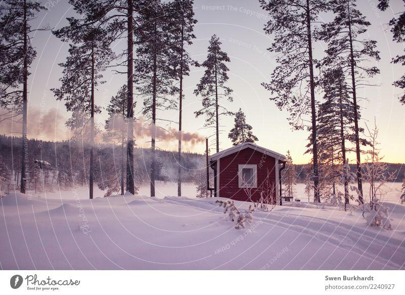 wichtig ist...ordentlich einheizen Wellness Ferien & Urlaub & Reisen Tourismus Abenteuer Winter Schnee Winterurlaub Haus Traumhaus Kamin wandern Umwelt Natur