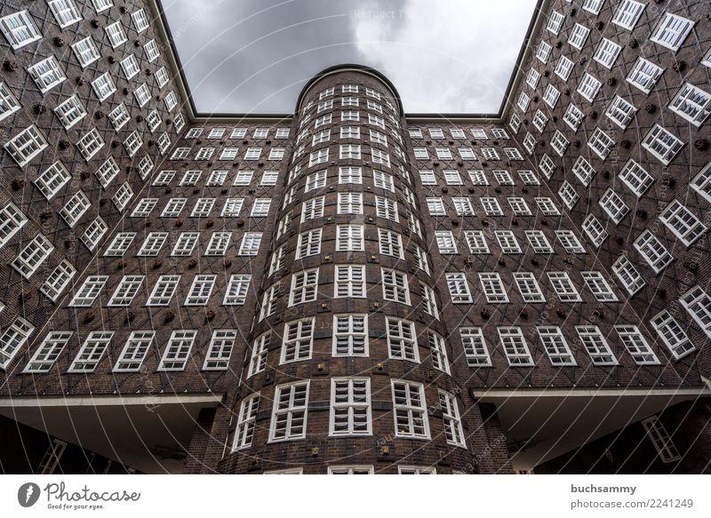 Fenster alt Architektur braun Europa Hamburg Backstein Geometrie Hansestadt