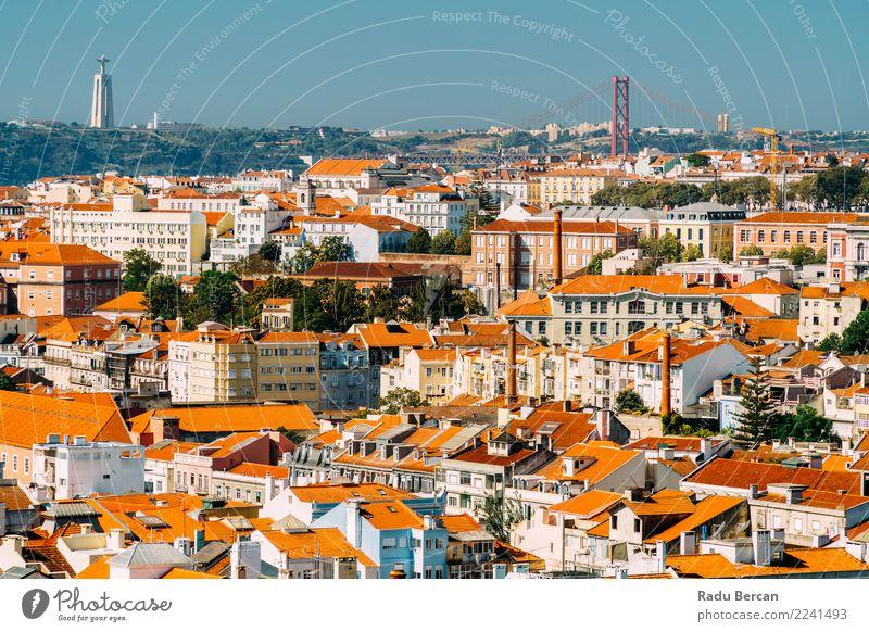 Luftaufnahme der Innenstadt von Lissabon Skyline und Cristo Rei Santuario Ferien & Urlaub & Reisen Tourismus Sommer Haus Architektur Umwelt Landschaft Himmel