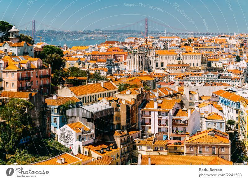 Vogelperspektive von im Stadtzentrum gelegenen Lissabon-Skylinen und von Brücke 25 de Abril Himmel Natur Ferien & Urlaub & Reisen Sommer Landschaft Haus