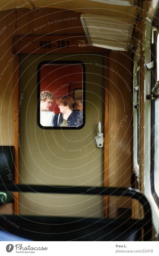 Der Molli Frau Ferien & Urlaub & Reisen sprechen Fenster Tür Eisenbahn Kommunizieren Ostsee Applaus Mecklenburg-Vorpommern Gleise Heiligendamm Kühlungsborn