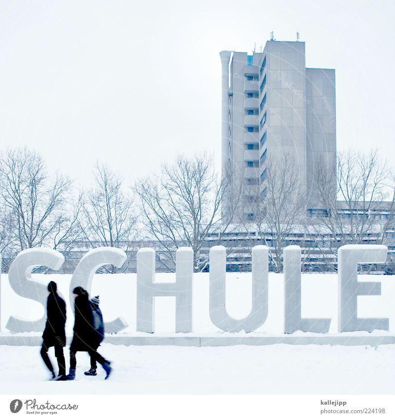 weihnachtsferien Bildung Schule Schulgebäude Schulkind Schüler Mensch Eltern Erwachsene Partner 3 Winter Schnee Schriftzeichen gehen schulweg Hochhaus Baum