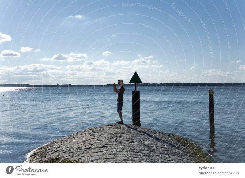 Erinnerungsfoto Himmel Natur Wasser Ferien & Urlaub & Reisen Sommer ruhig Ferne Erholung Leben Umwelt Landschaft Freiheit Wege & Pfade See Horizont