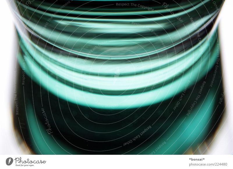 grünes abstrakt weiß grün Farbe Glas Glas Design Trinkwasser frisch süß Getränk Perspektive rund trinken Spiegel leuchten Flüssigkeit