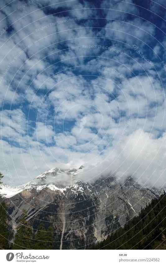 Wolkig bis heiter Himmel weiß blau Sommer Wolken ruhig Einsamkeit Ferne Wald Schnee Herbst Berge u. Gebirge grau Unendlichkeit Alpen Sehnsucht